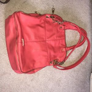 GENTLY USED STEVEN MADDEN PURSE